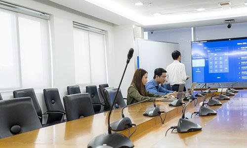 Âm thanh hội thảo Bosch CCS900: Phòng họp trực tuyến Công ty Trung Nam Group